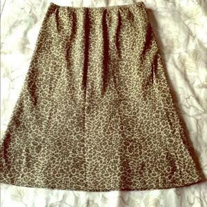 S 100% Silk Leopard Print Skirt Olive Green